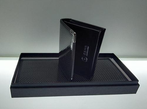 Australian Sheng carbon fiber wallet